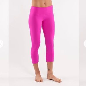 Lululemon wunder under crop 12 Paris pink RARE